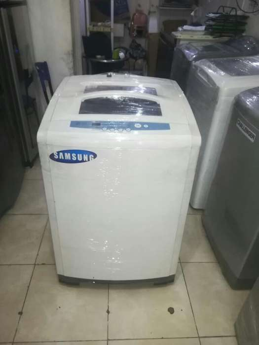 Lavadora Samsung de 28libras