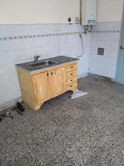 Departamento Tipo Casa en alquiler en Bernal Oeste