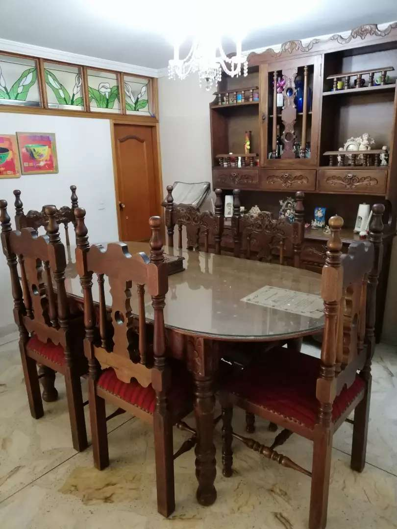 Vendo comedor en madera - Muebles - 1100727423