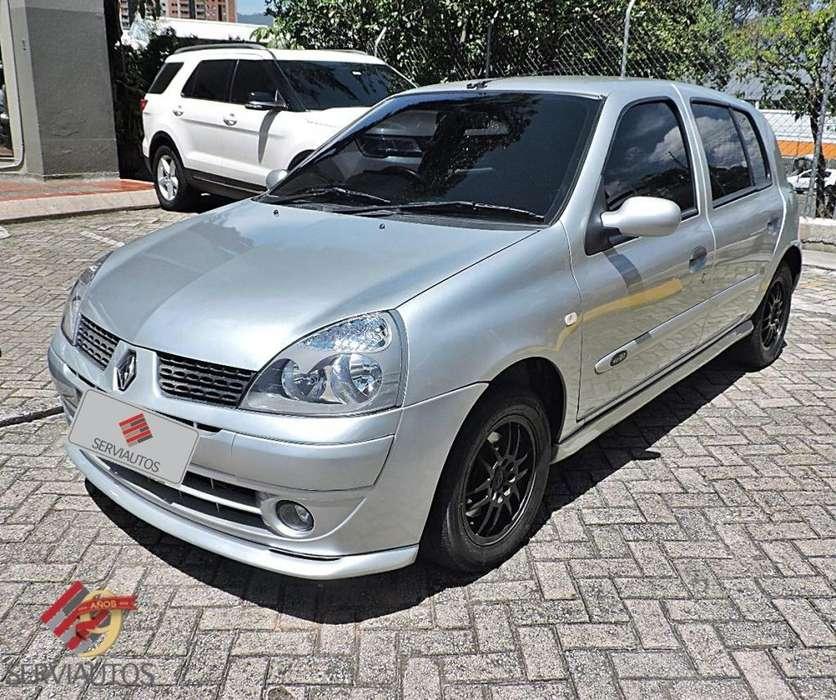 Renault Clio  2009 - 124000 km