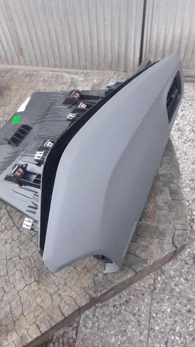 Guantera con Tapa Chevrolet Prisma Onix