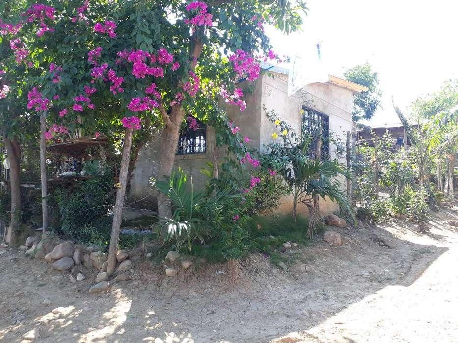 Vendo Casa Lote Esquinero. Motivo Viaje