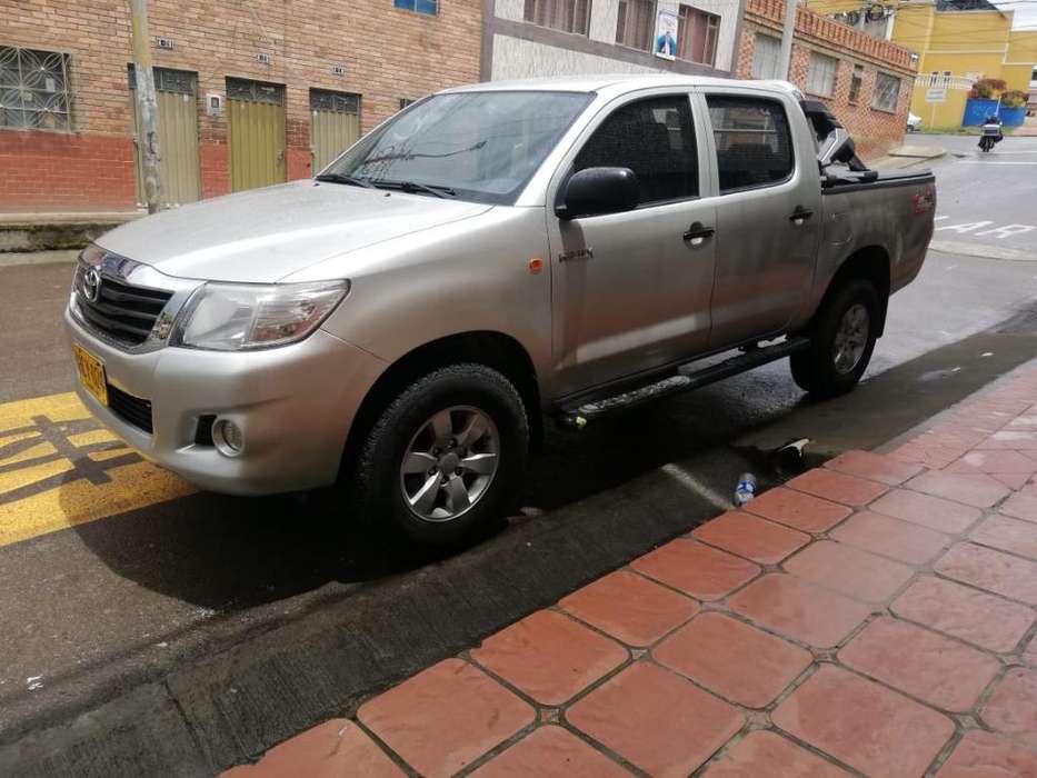 Toyota Hilux 2014 - 110000 km