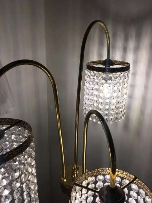 Lampara De Bronce Y Cristales Tipo Pedestal Vintage