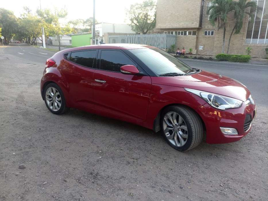 <strong>hyundai</strong> Veloster 2013 - 75800 km