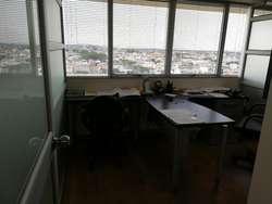 Venta de Oficina en el Edifcio Trade Building, junto al C.C Mall del Sol, Norte de Guayaquil