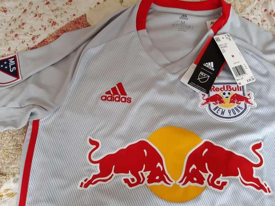 Camiseta <strong>adidas</strong> R.b Nueva York