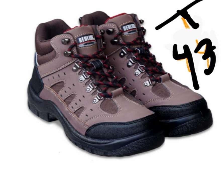 e7a1d8966c2 Zapatos seguridad  Ropa y Calzado en venta en Arequipa