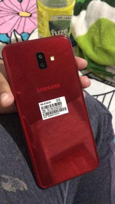 Vendo Samaung J6 Plus Como Nuevo en Caja