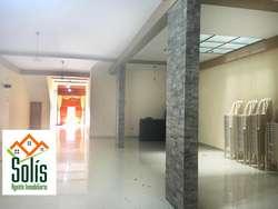 LOCAL COMERCIAL EN PRIMER PISO DE 274 m²