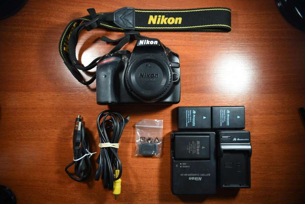 Nikon D3200 Cámara Reflex (cuerpo) Baterías Extra