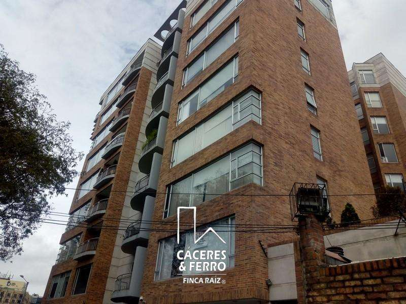 Apartamento En Arriendo En Bogota Chico Cod. ABCYF21544