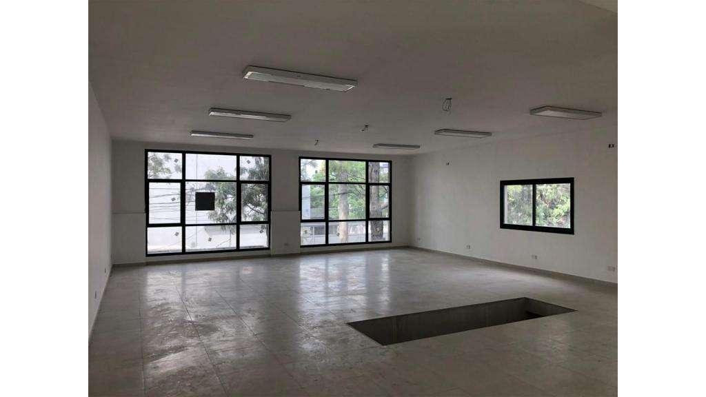 Oficina Comercial En Alquiler, Villa Morra  100 -  35.000 - Oficina Alquiler