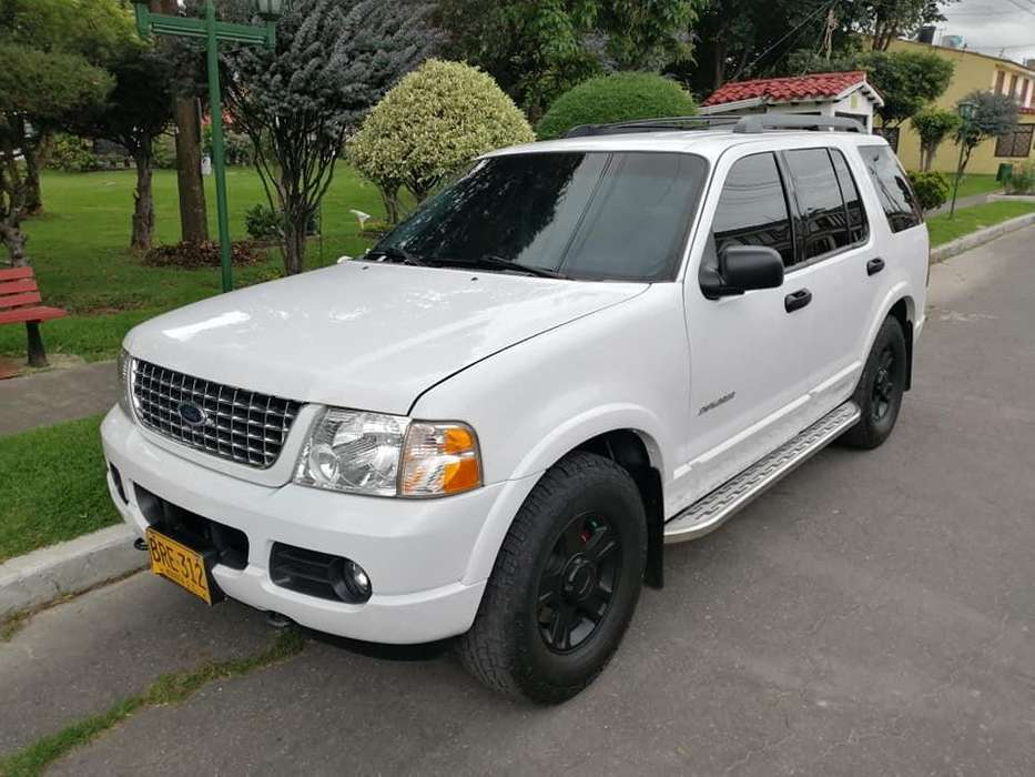 Ford Explorer 2005 - 211100 km
