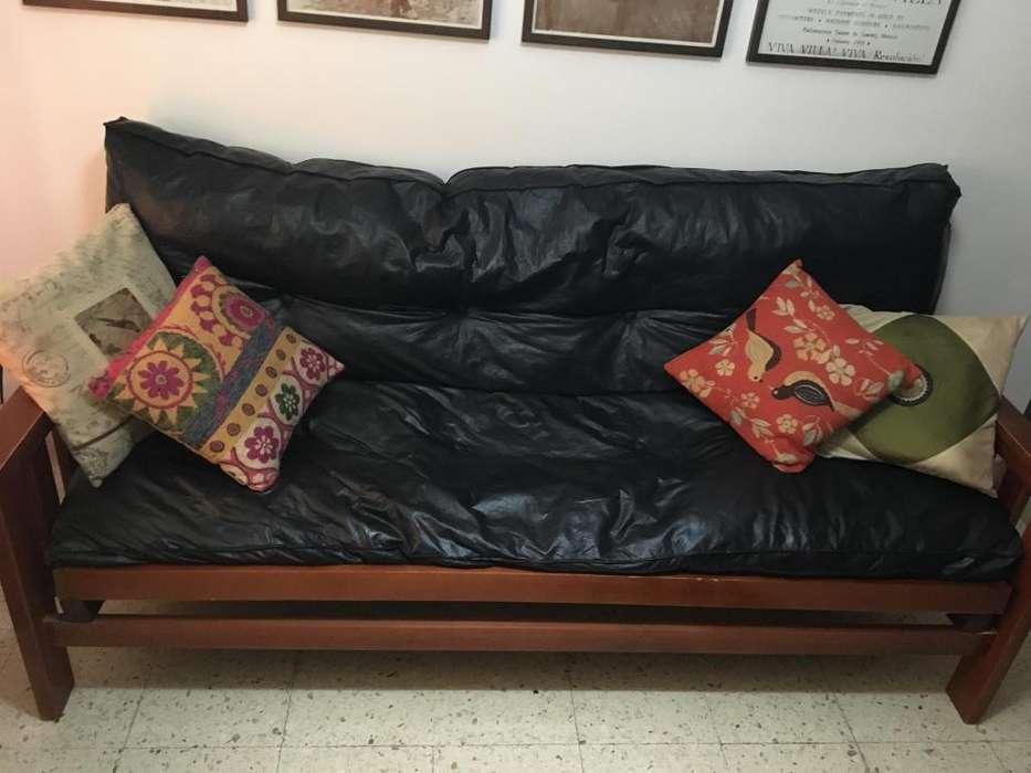 Vendo <strong>futon</strong> de tres cuerpos