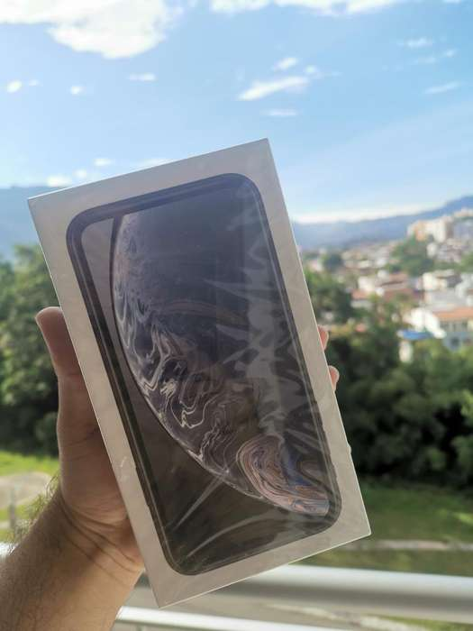 iPhone Xr 128 Gb Negro Sellado