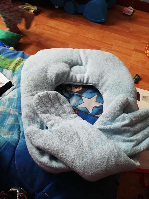 Almohada con Brazos para Bebe