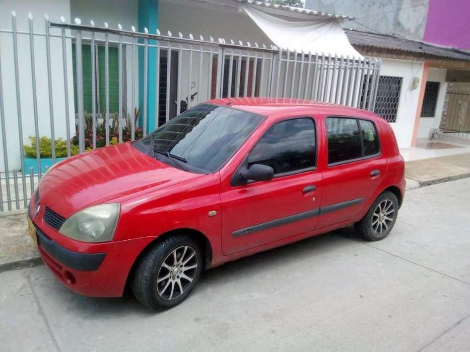 Renault Clio  2007 - 0 km
