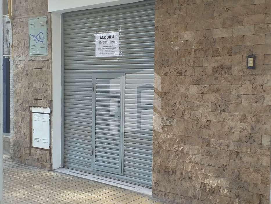 Amplio Local sobre Bedoya - Bª Cofico