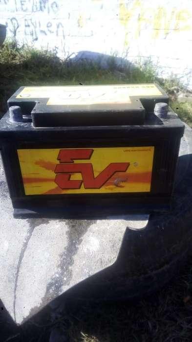 Vendo Bateria de 75