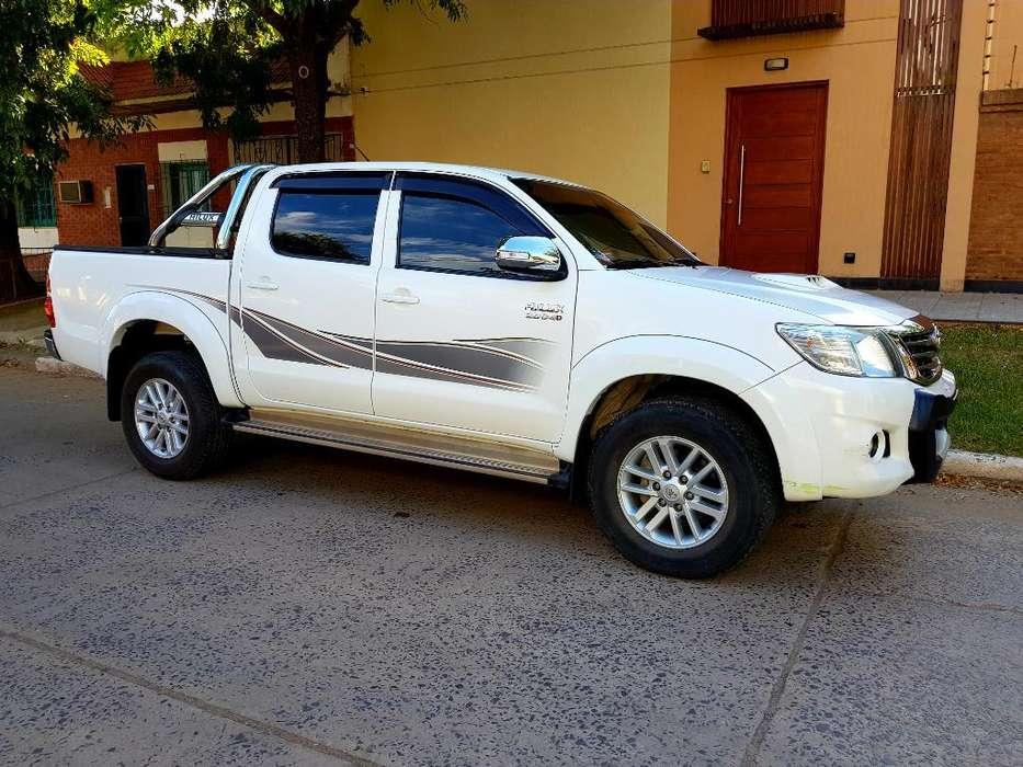 Toyota Hilux 2015 - 70000 km