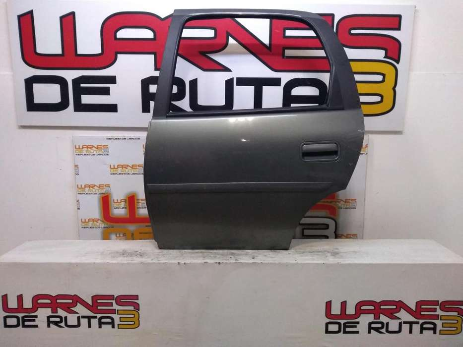 Puerta Trasera Izquierda Chevrolet Corsa 02923506