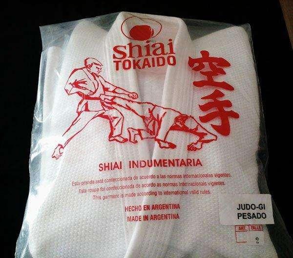 vendo karategui shiai nuevo a estrenar pesado talle 48 reforzado¡¡¡