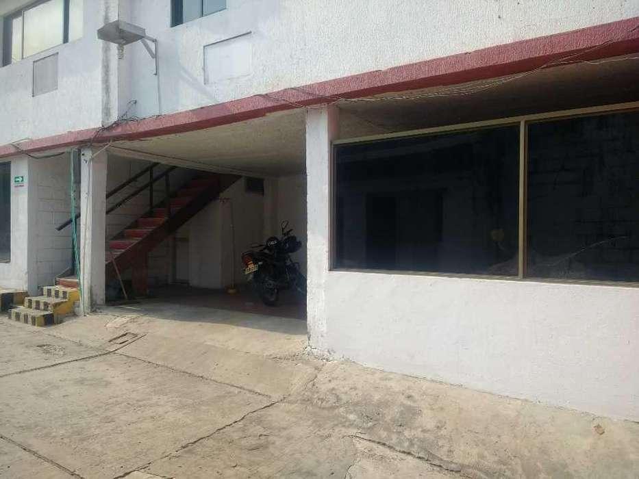 Bodega en Barrio Lucero en Barranquilla - wasi_1170381