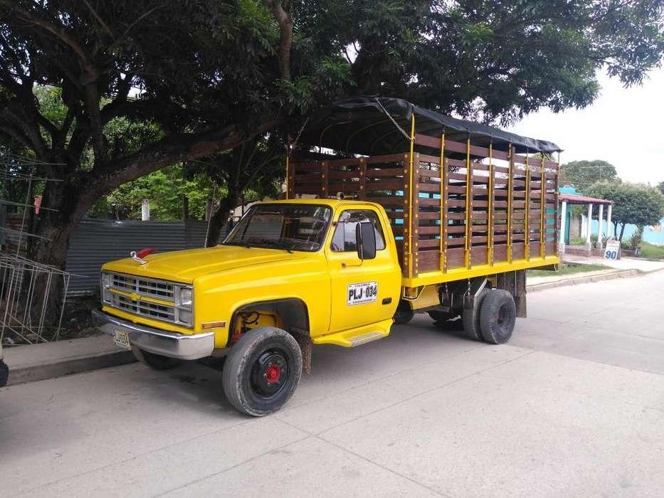 Camion C30 Motor Npr
