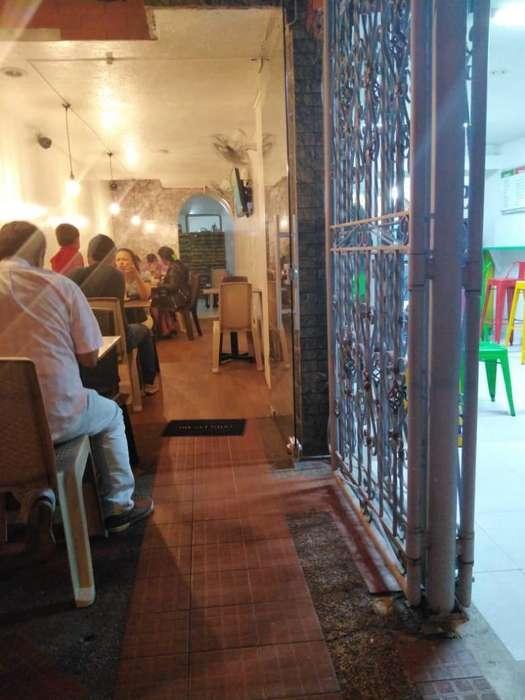 Restaurante Super Acreditado con Apto.