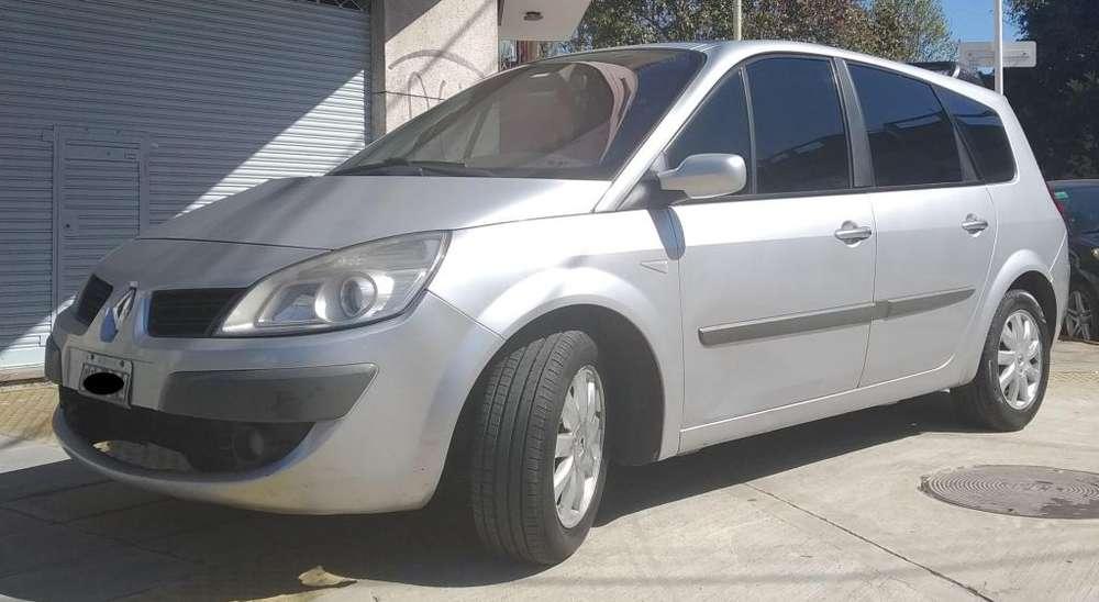 Renault Scenic II 2007 - 185000 km