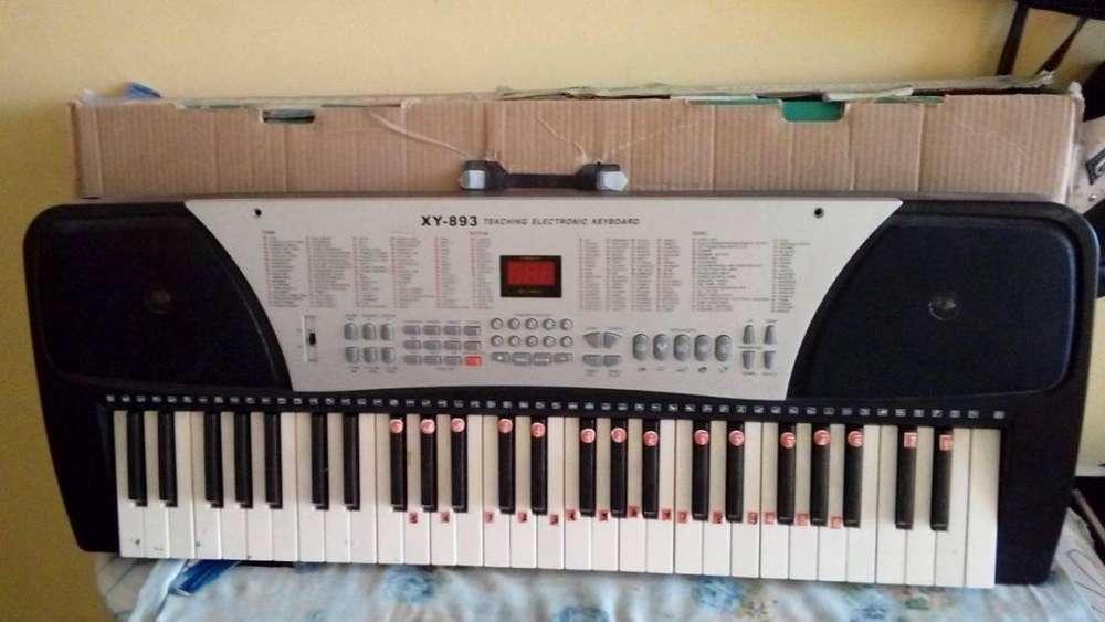 vendo piano electronico