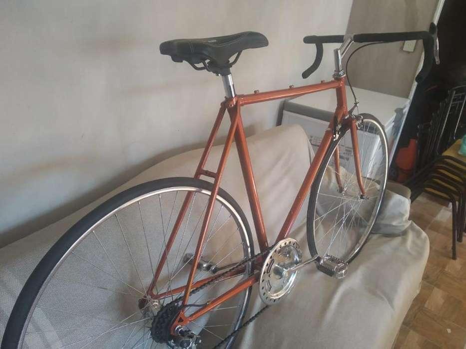 Vendo Bicicleta Media Carrera