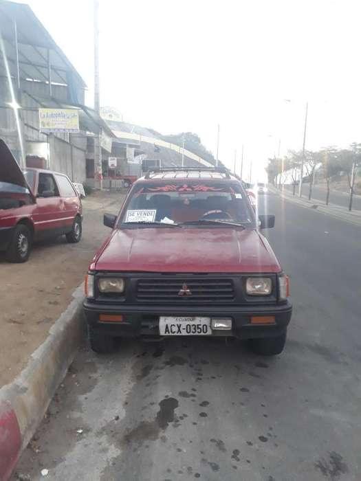 Mitsubishi L-200 1995 - 296828 km