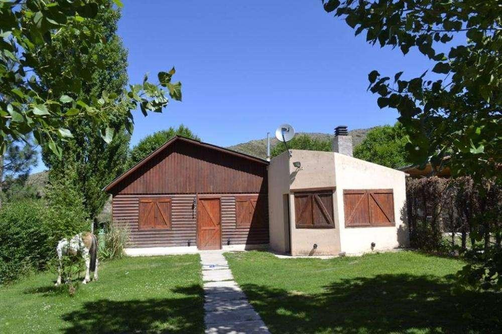 mc53 - Cabaña para 2 a 6 personas con cochera en Potrerillos