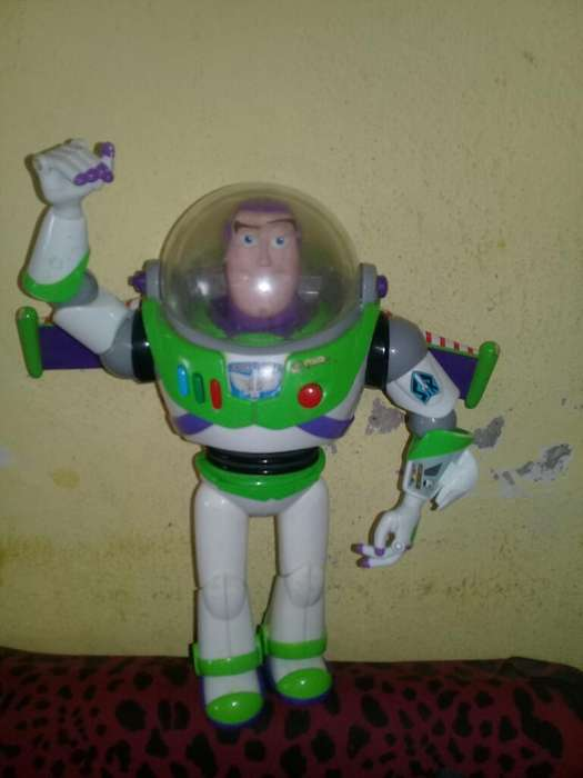 Vendo Buzz Lightyear Original de Disney