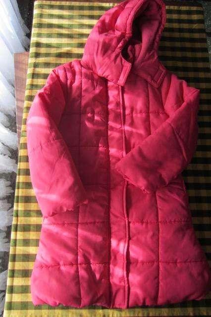 Campera de <strong>abrigo</strong> larga, tipo tapado, color rosa, Falabella!!, casi nueva!!!, impecable estado!!!