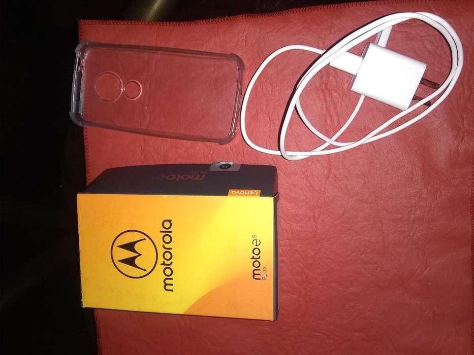 Motorola Moto E5 Play Gold