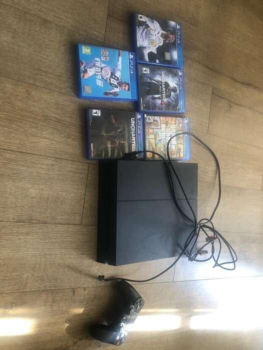 play station 4 ps4 en Buen Estado