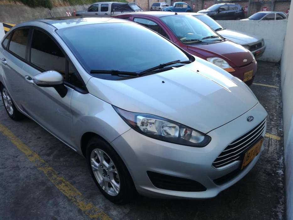 <strong>ford</strong> Fiesta  2015 - 72400 km