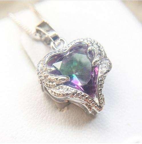 1c65a90720ea Collar Mujer Corazón Cristales mas caja regalo para enamorada compromiso  esposa.