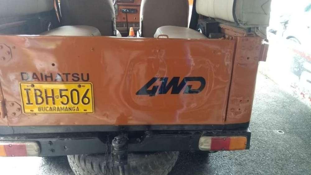 Daihatsu F20 1981 - 300000 km