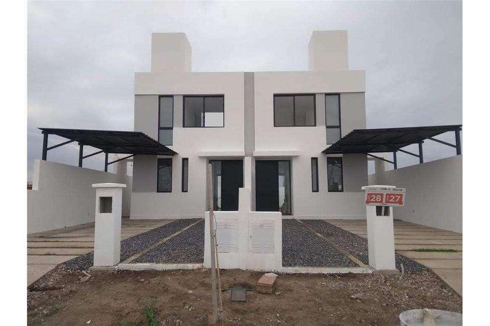 VENTA Duplex Premium 3 dormitorios DOCTA B Cerrado