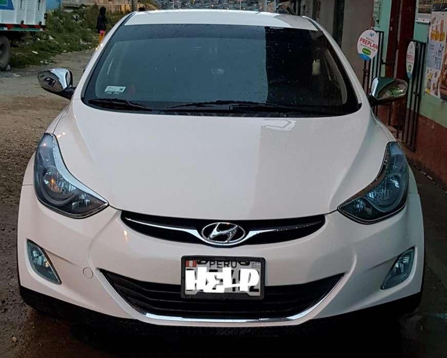 Hyundai Elantra 2012 - 158 km