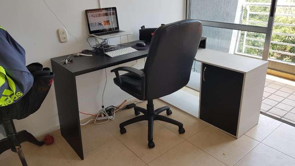 Venta: <strong>escritorio</strong> en L - 1 Mes de Uso