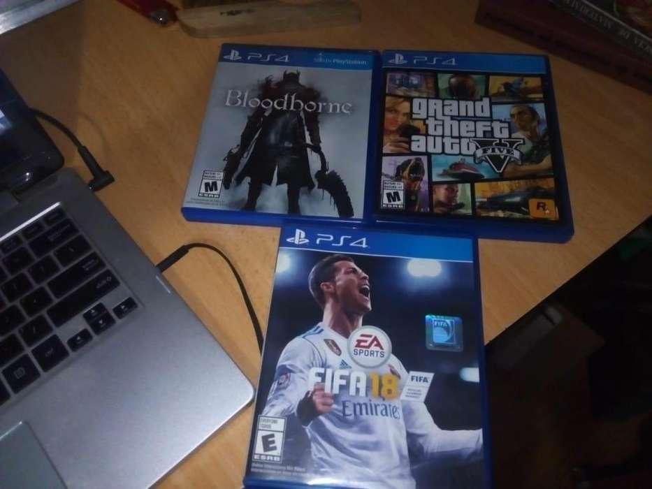 VENDO GTA V, BLOODBORNE Y FIFA 18 (PS4) (PERFECTO ESTADO)
