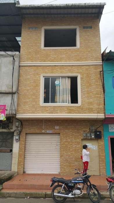 S Vende Casa Frente a Hospital Dventanas