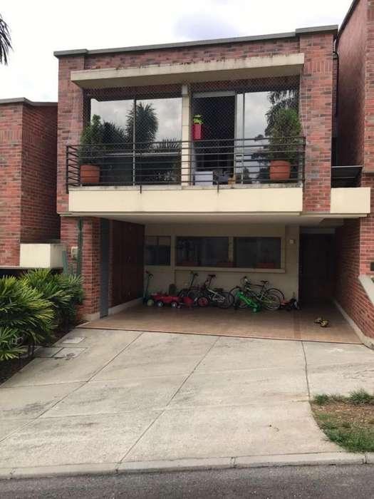 Cod. VBBER917 Casa Condominio En Venta En Envigado San Lucas