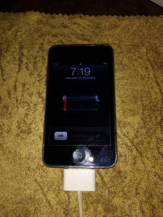 Vendo iPod Touch de 8 Gb en Buen Estado