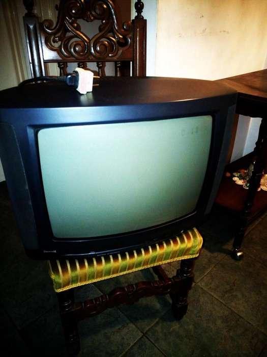<strong>televisor</strong> Powervision Usado Funcionando